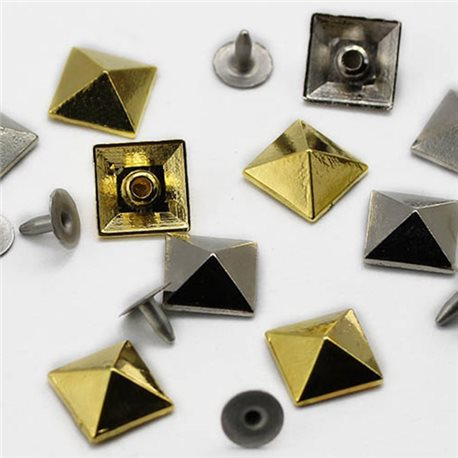 12mm Pyramid Studs with nail