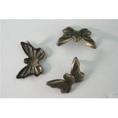 Laiton Butterfly Nailheads CS4 10x14mm